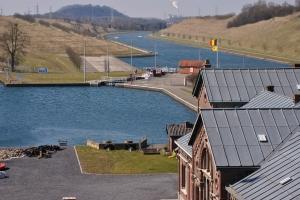 Jonction entre ancien et nouveau canal. Photo: MBe)