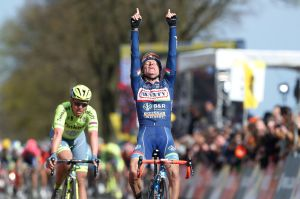 Enrico Gasparotto from Italy raises his arms in victory as he crosses the finish line of the Amstel Gold Race cycling race, on April 17, 2016 in Maastricht. / AFP PHOTO / ANP / Bas Czerwinski / Netherlands OUT